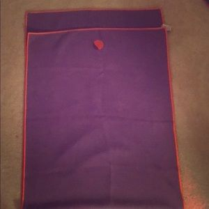Yogitoes slipless yoga towel. Mat sized.